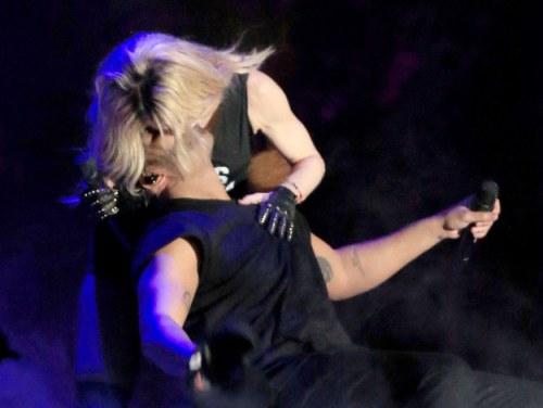 Drake Madonna big kiss